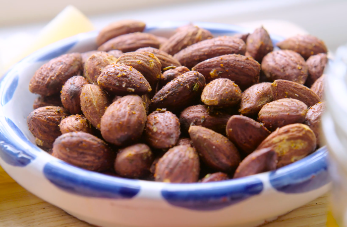roasted almonds from catalonia