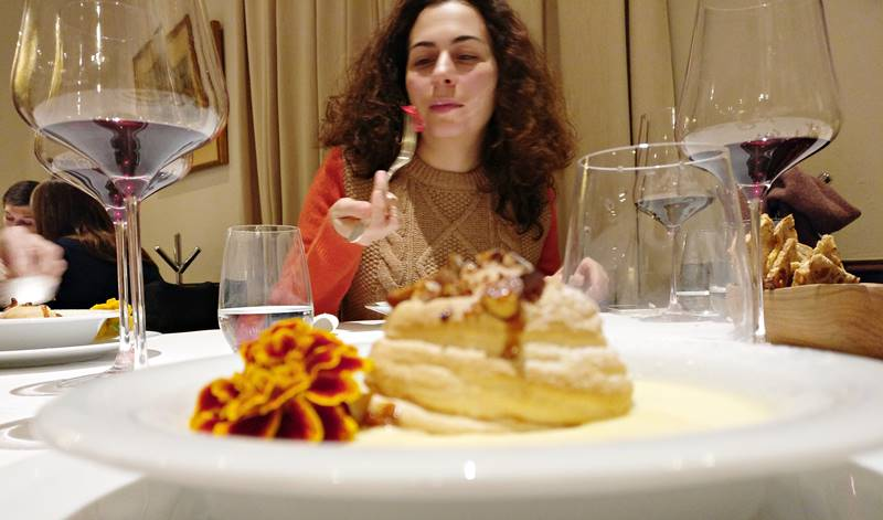 eating dessert at Ca L´Isidre
